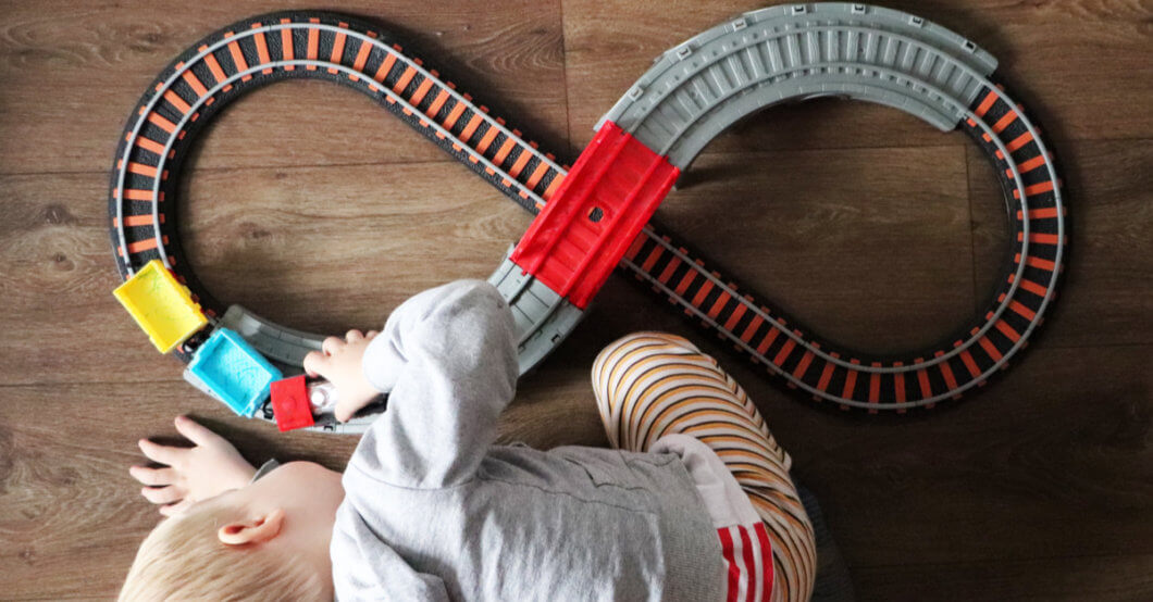 How to Stop Entertaining Your Toddler | 13 Genius Tricks to Boost Independent Play